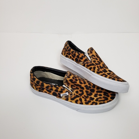 ee995fdcfa24 Classic Vans Leopard Print Canvas Slip On Sneakers.  M_5bfb4ea3bb76154b644a3efd